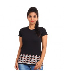 Women's-Hand-Painted-Tee-Aztec-On-The-Border–Black