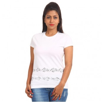 Women's-Hand-Painted-Tee-Fish-On-The-Border-White